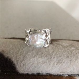 Jewelry - Sterling 💯% Silver square pearl ring.